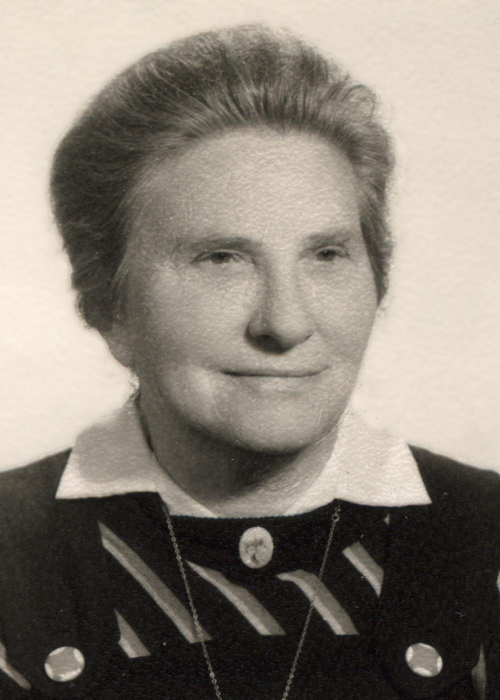 Luis' mother, Matilde Balfour de Palau.