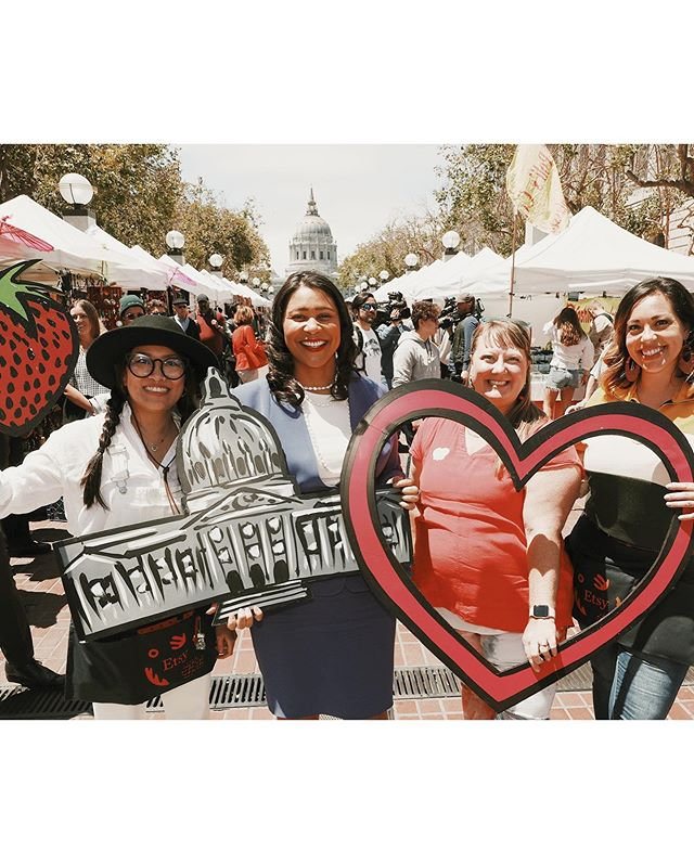 💫 Milestone achieved today 🤩Thank you to Mayor @londonbreed,  @sfetsy, @civiccentercommons & @square and everyone who came out to support our local community of farmers and markers today. My heart is full 🧡🌁 . . . #UNPlaza #mayorlondonbreed #sfetsy #greatbritishbakeoff #smallbusinessfeels #smallbusinessmilestones #representationmatters #diversityandinclusion #kimjoyskitchen #fangirlmoment #communityovercompetition #bloodygirlgang