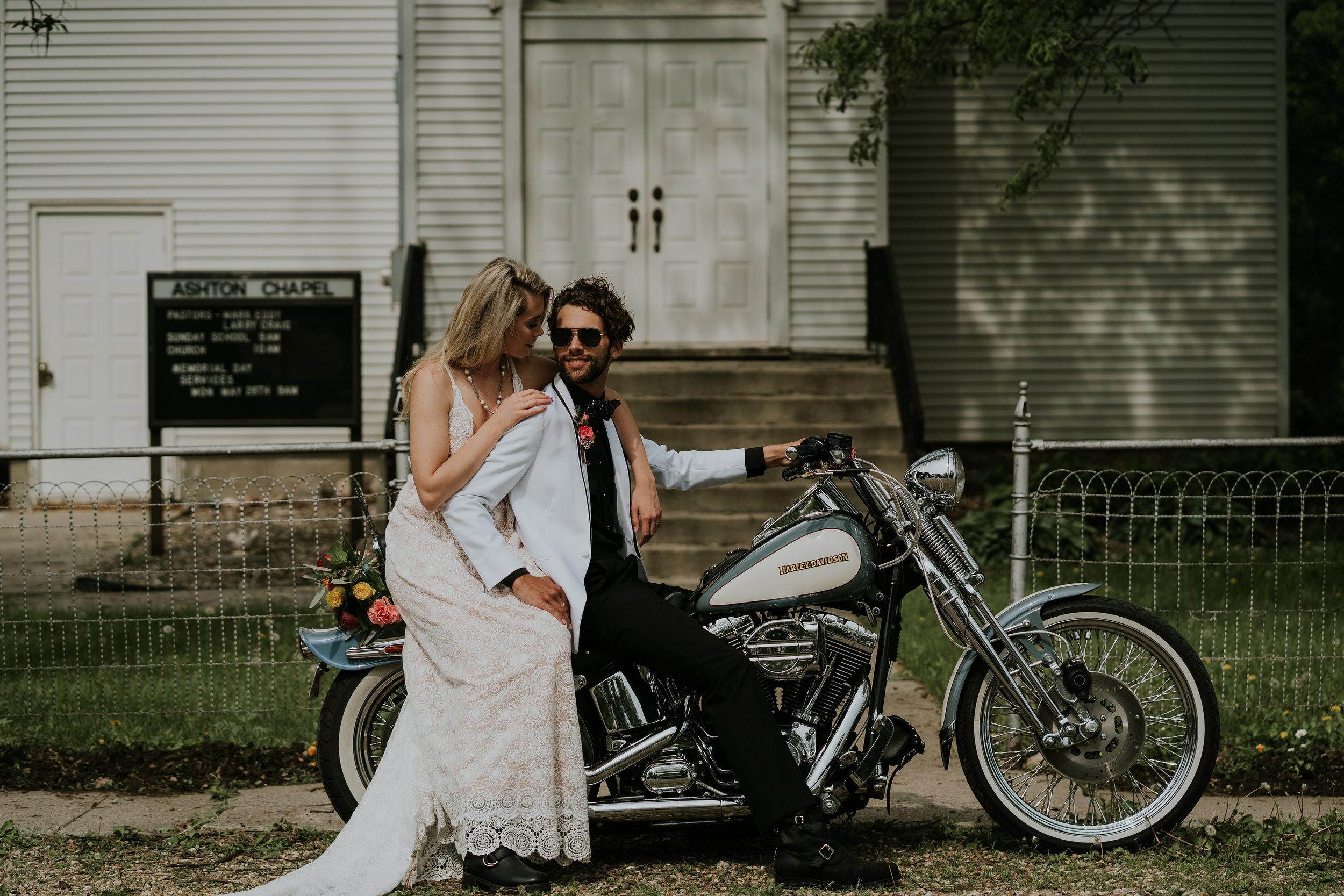 road-trip-romance-wedding-raelyn-ramey-photography-23.jpg