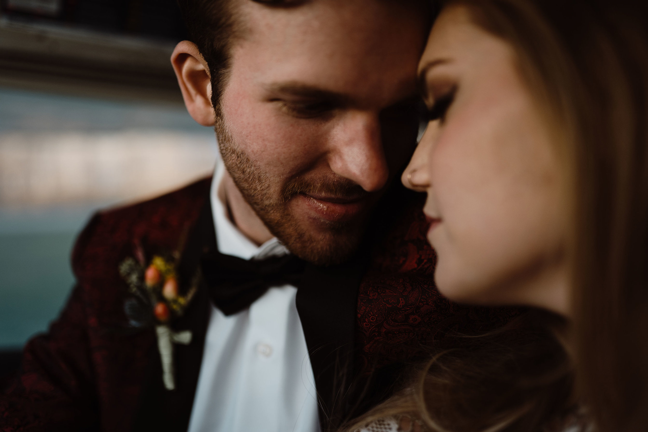 airport-wedding-ankeny-iowa-photography-23.jpg