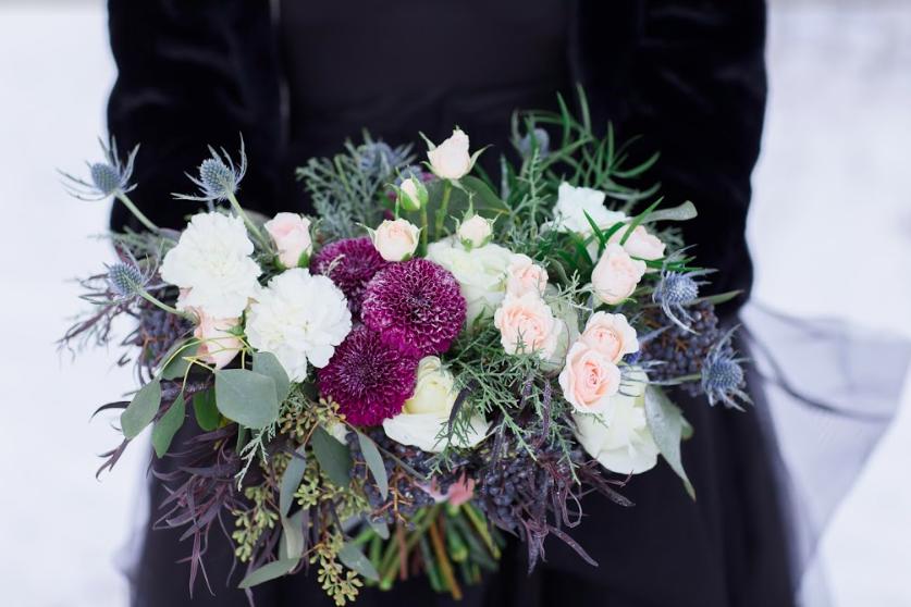 windsor-heights-wedding-florist-lavender-blue_iowa_wedding_florist