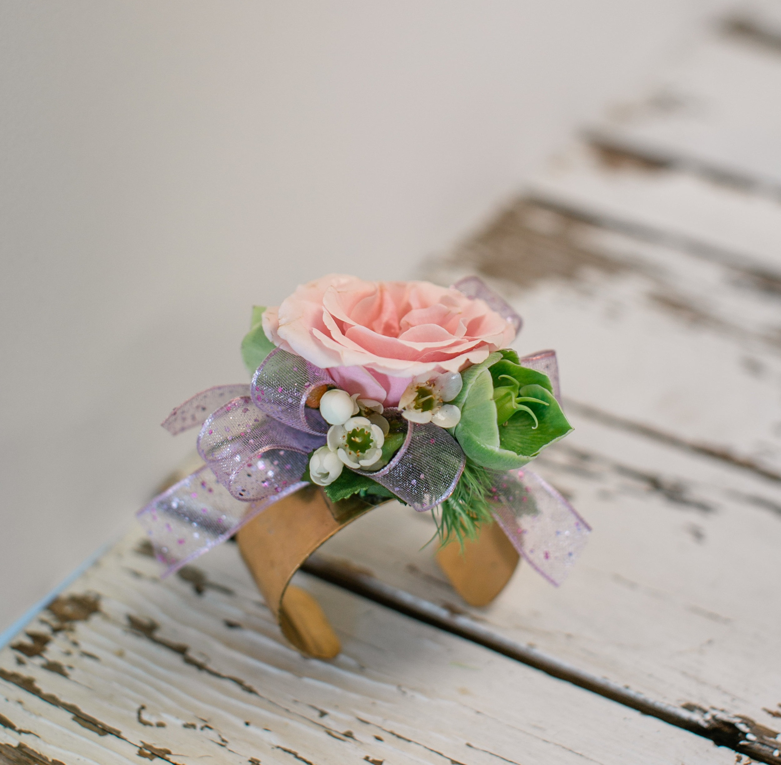 LAV-BLUE-des-moines-prom-flowers-21.jpg