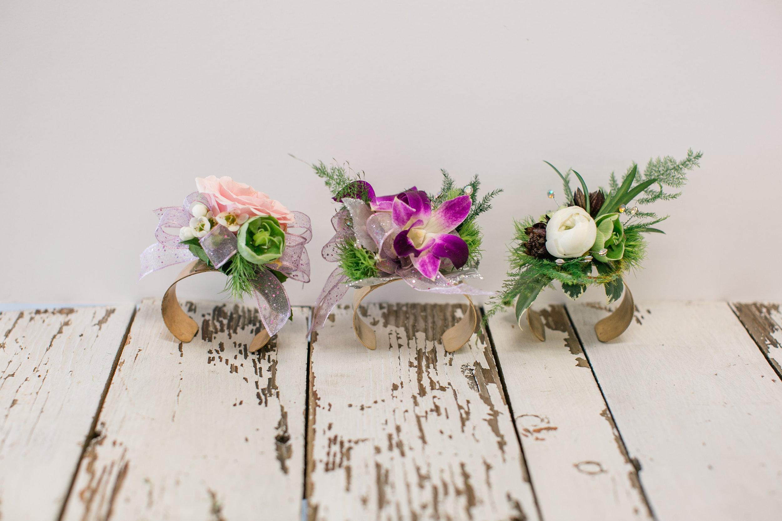 prom corsage bracelet bangle west des moines florist 2019 prom flower ideas