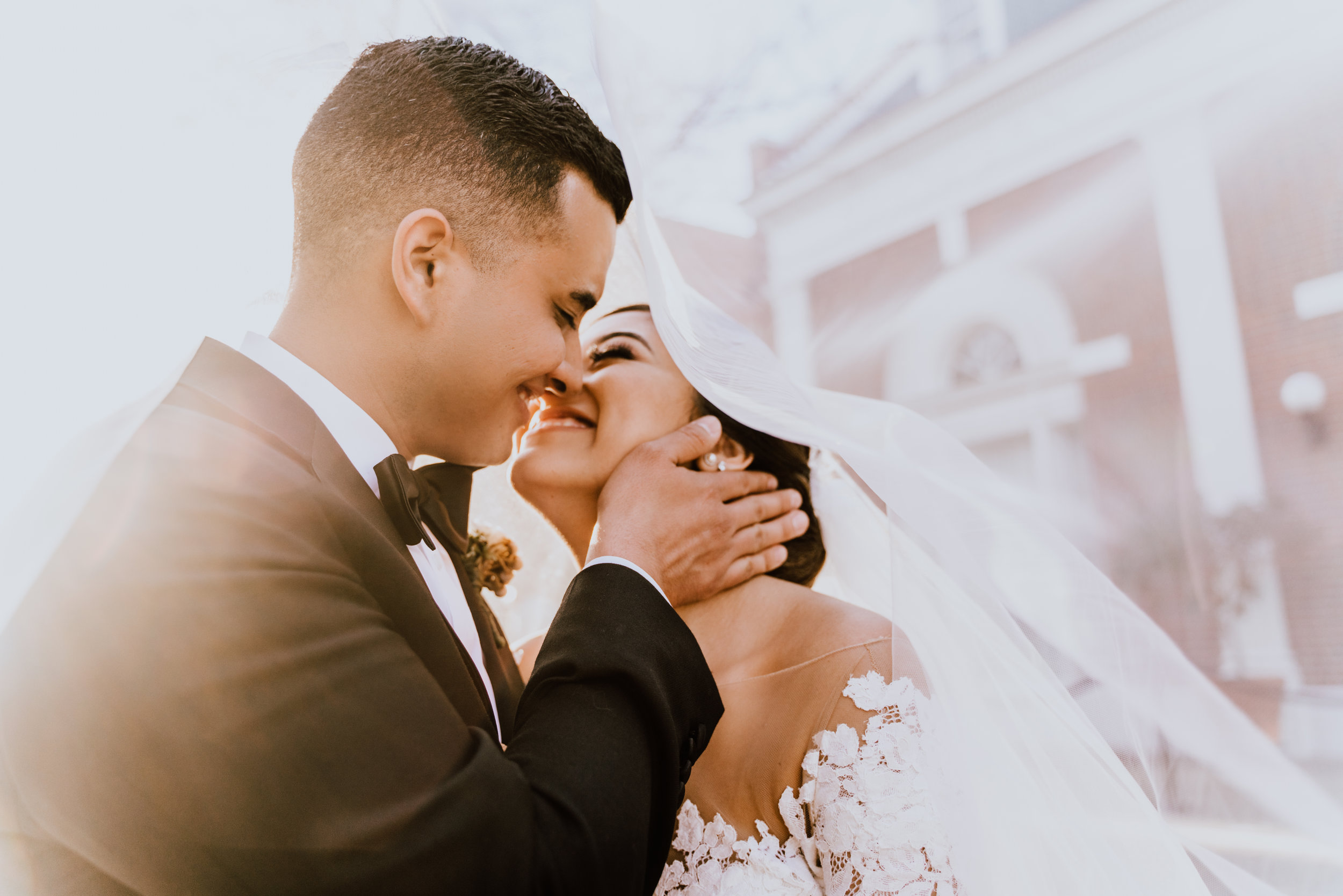 what to look for in a wedding photographer videographer