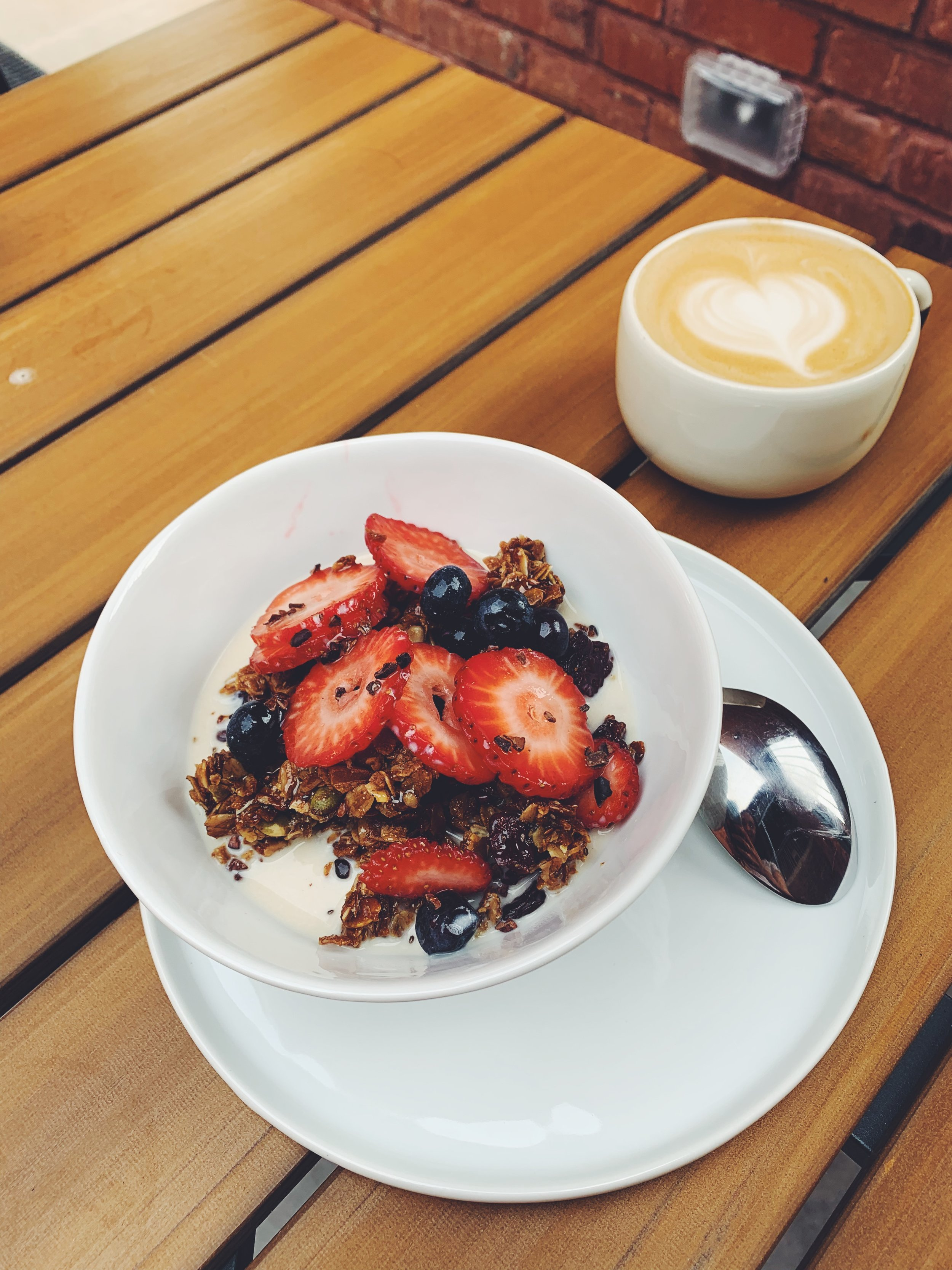 granola cereal with a latte