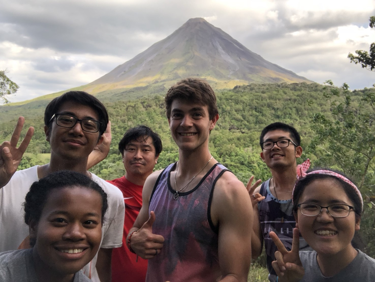 pic26 arenal volcano.jpg