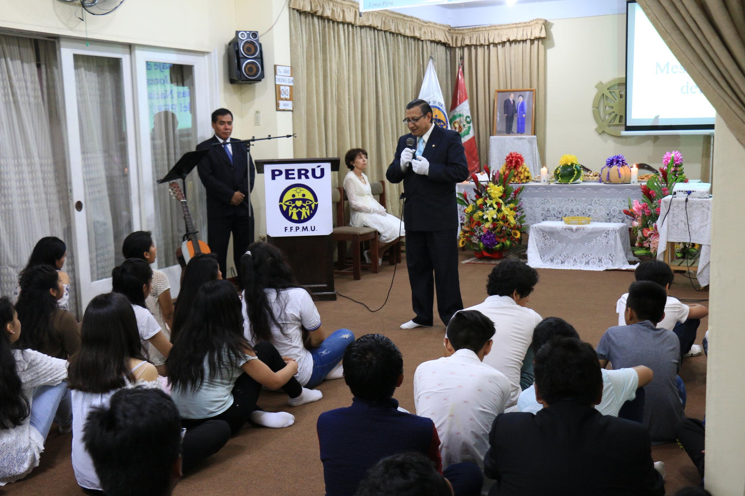 Senor Alberto giving a Sermon