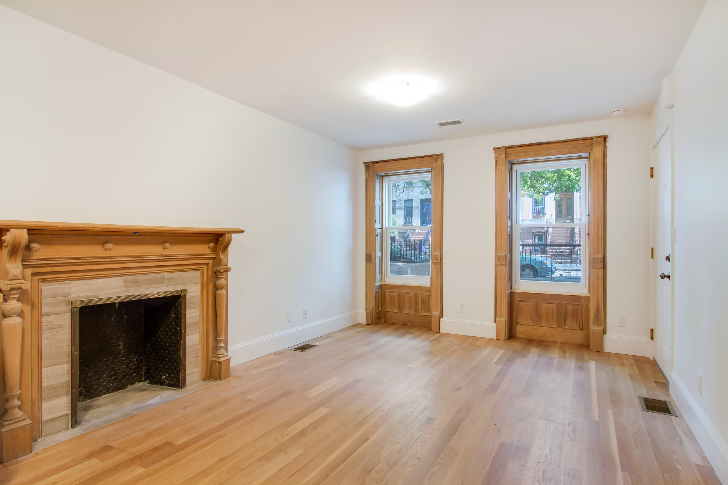 $2,500/month 1.0 BD | 1.0 BA | 688 SF  Prospect Heights  408 Park Place