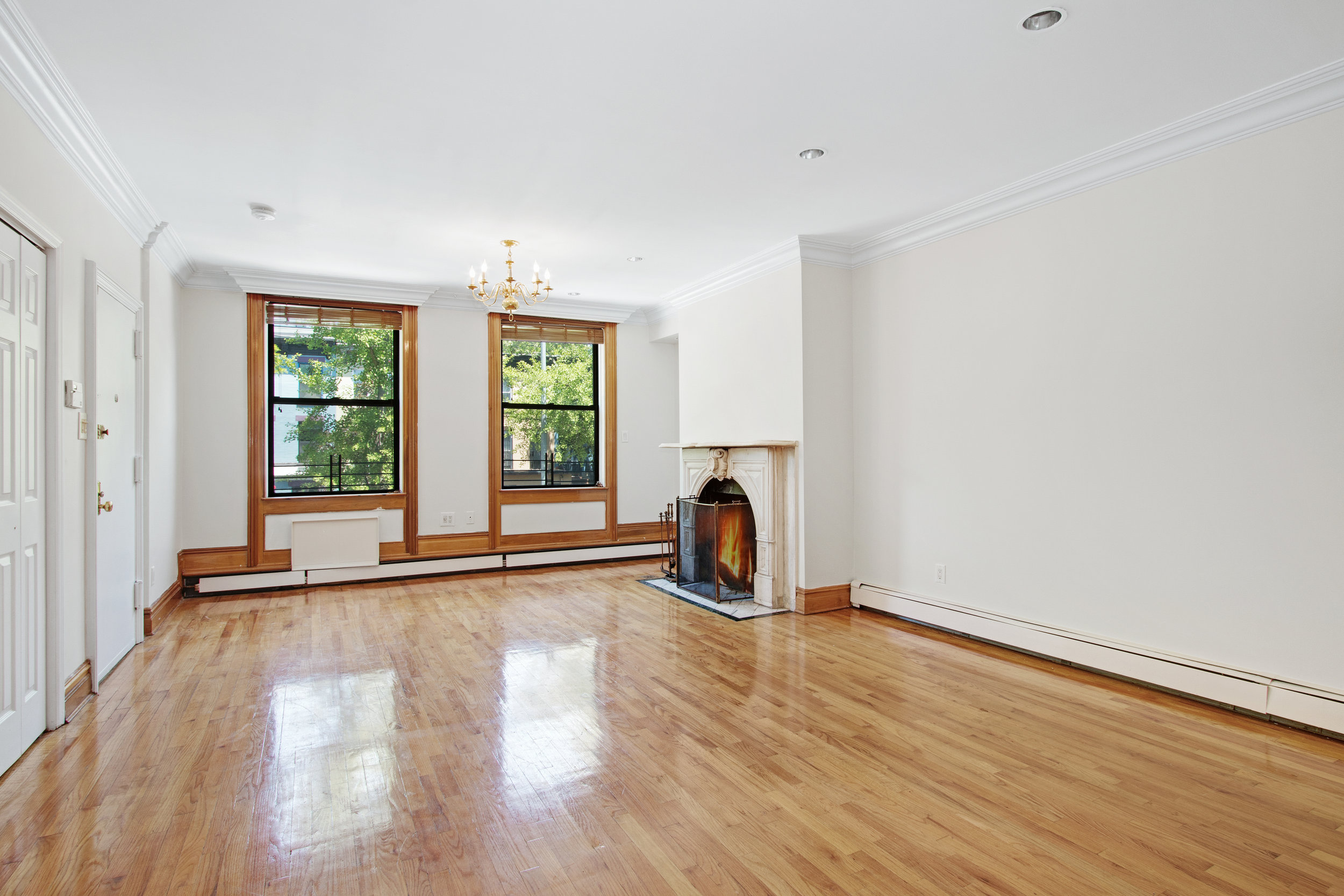 $3,600/month 2.0 BD | 2.0 BA | 1000 SF  Boerum Hill  470 Warren Street