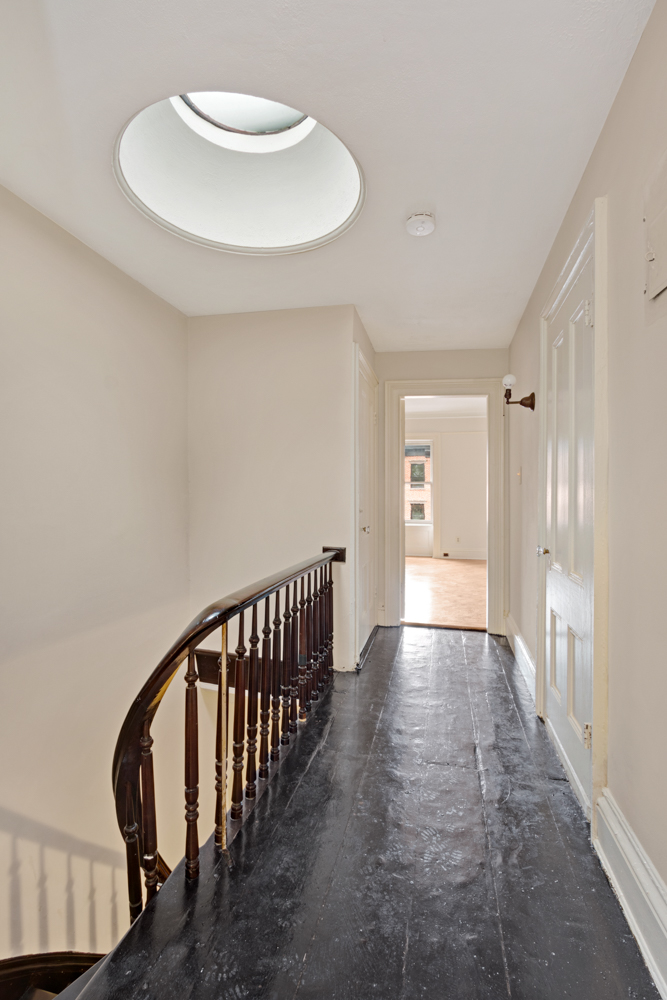 234 Carlton Avenue hallway.jpg