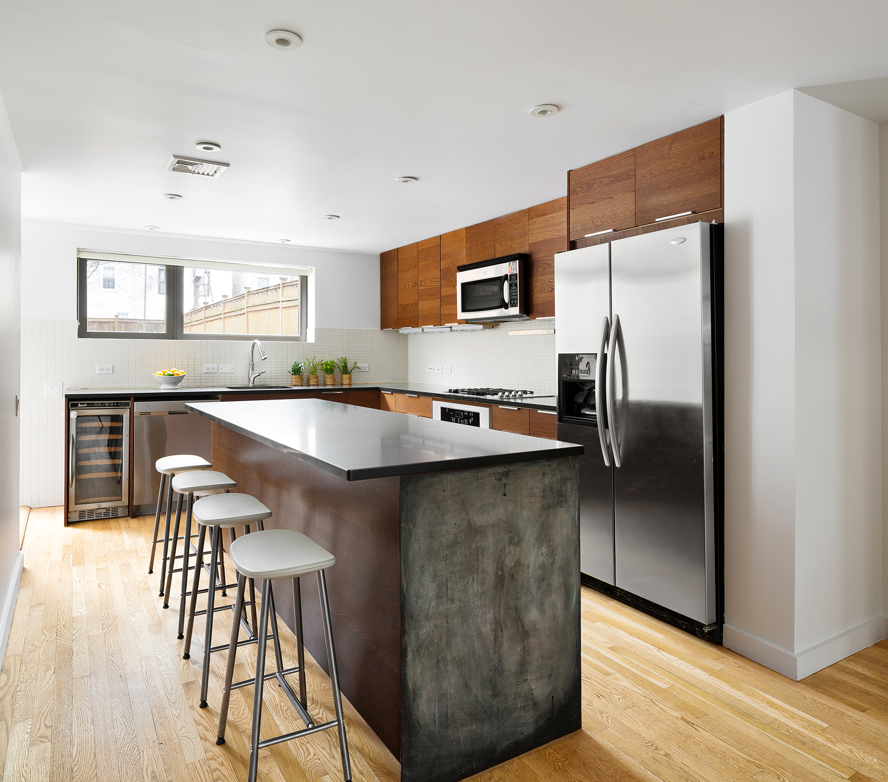 81 Adelphi Street Kitchen stainless.jpg