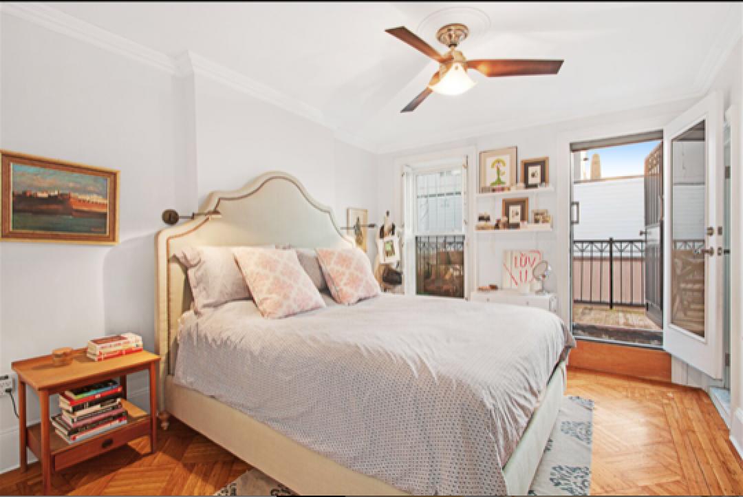 374 Adelphi Street master bedroom.png