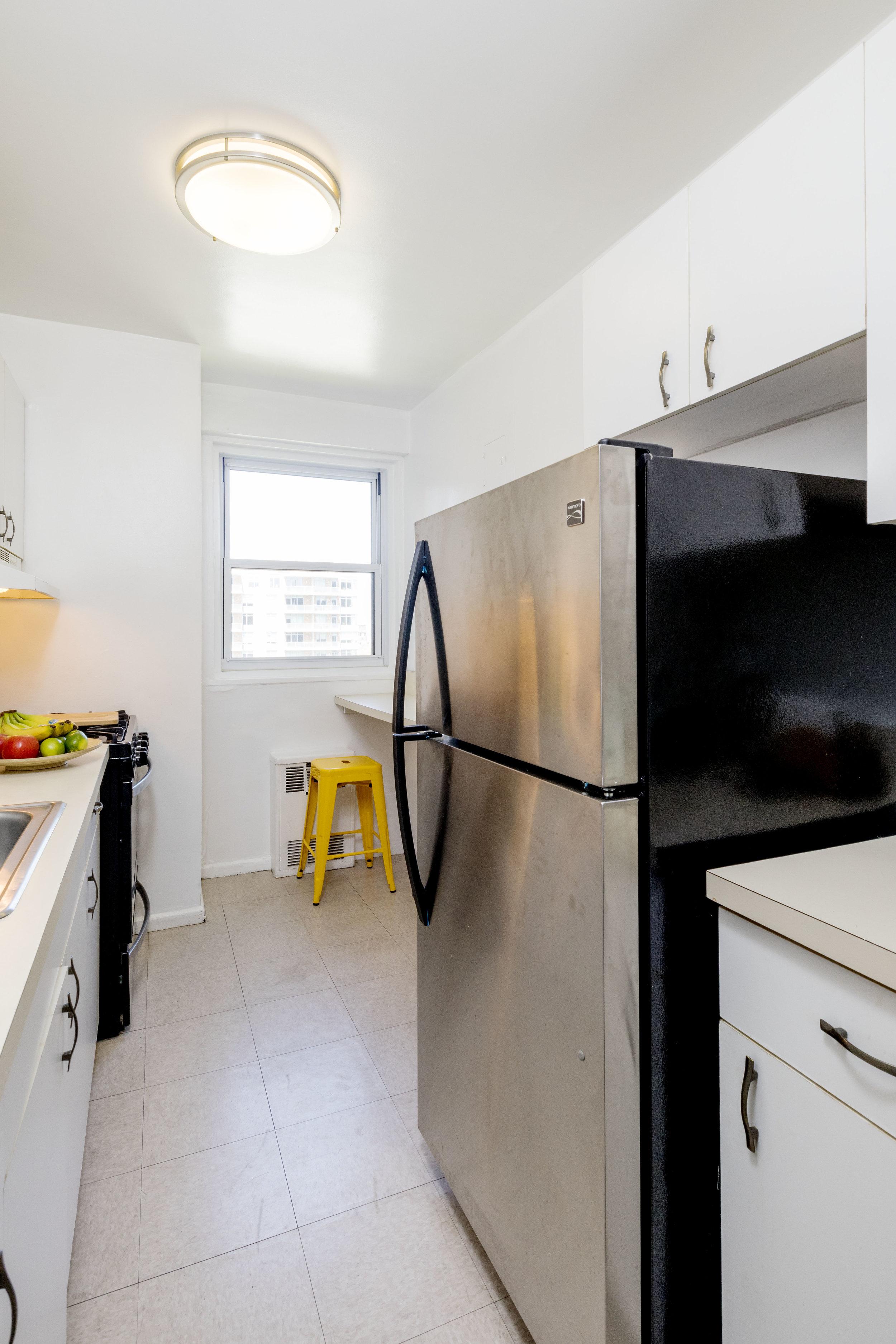 175-Willoughby-Kitchen.jpg