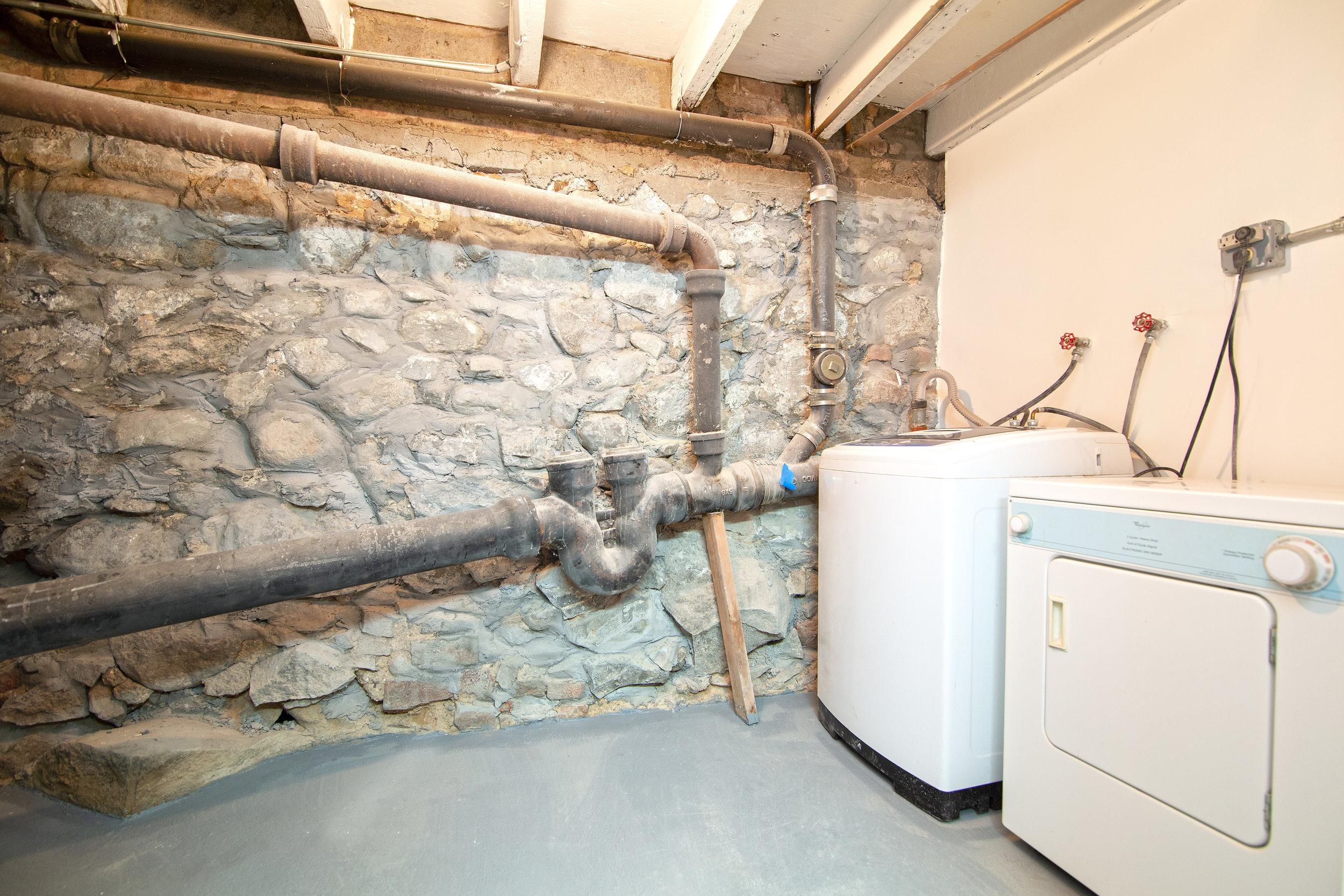 345 Adelphi Street Laundry Room.jpg