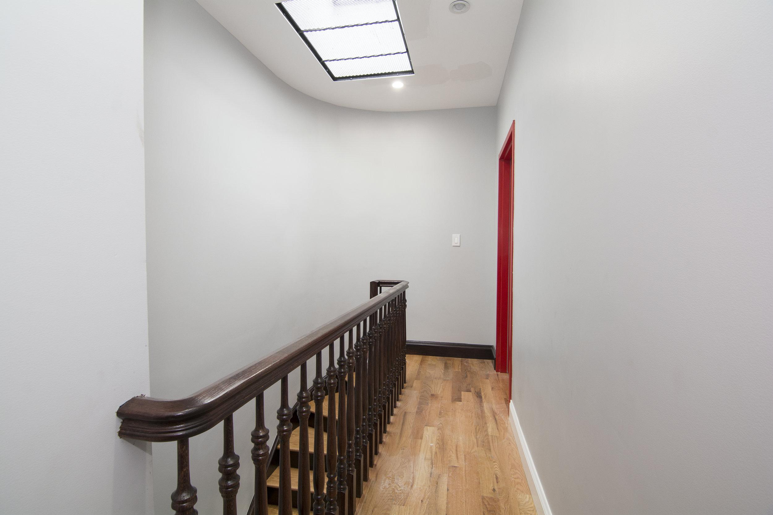 171 Adelphi Street Hallway.jpg
