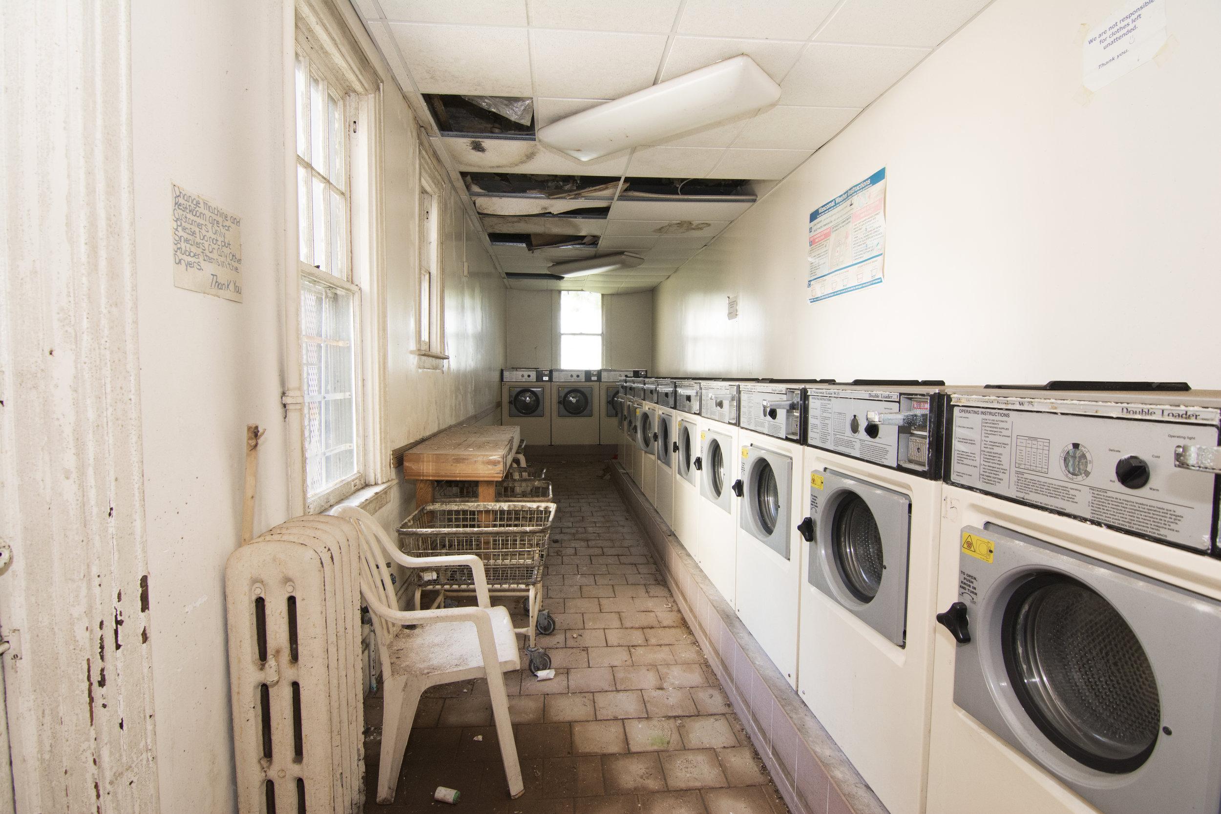 507 Fairview Laundry.jpg