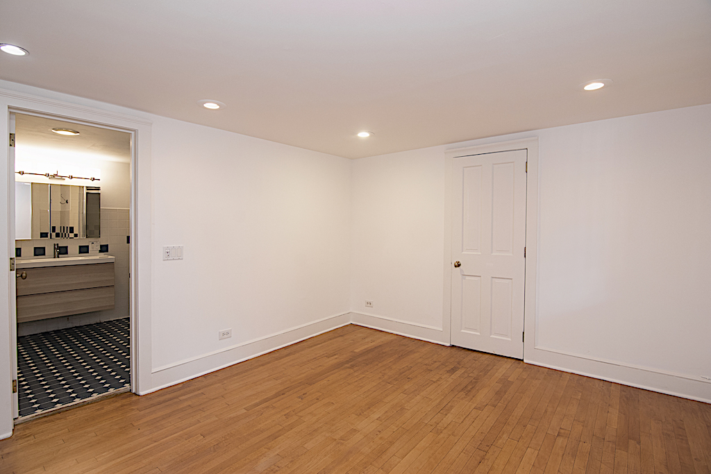 331 Adelphi Street Master Bedroom.jpg