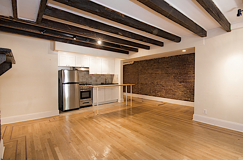 $2,600/month 1.0 BD | 1.0 BA | 650 SF  Fort Greene  133 Saint Felix Street