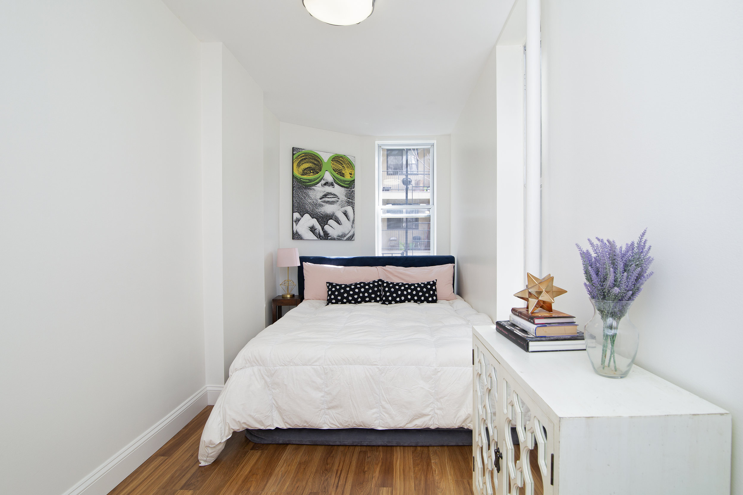 344 Lafayette Avenue Queen size bedroom.jpg