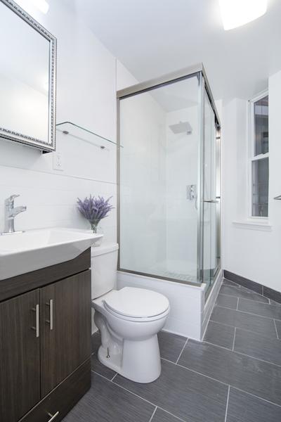344 Lafayette Avenue Bathroom.jpg