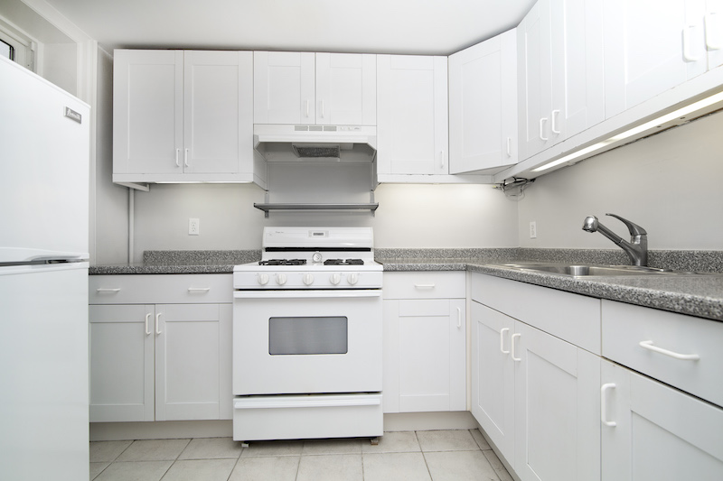 367 Carlton Avenue Kitchen.jpg