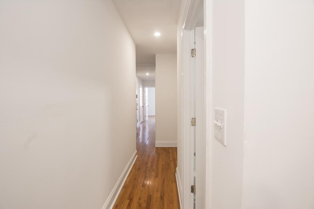859 Halsey Street Hallway.jpg