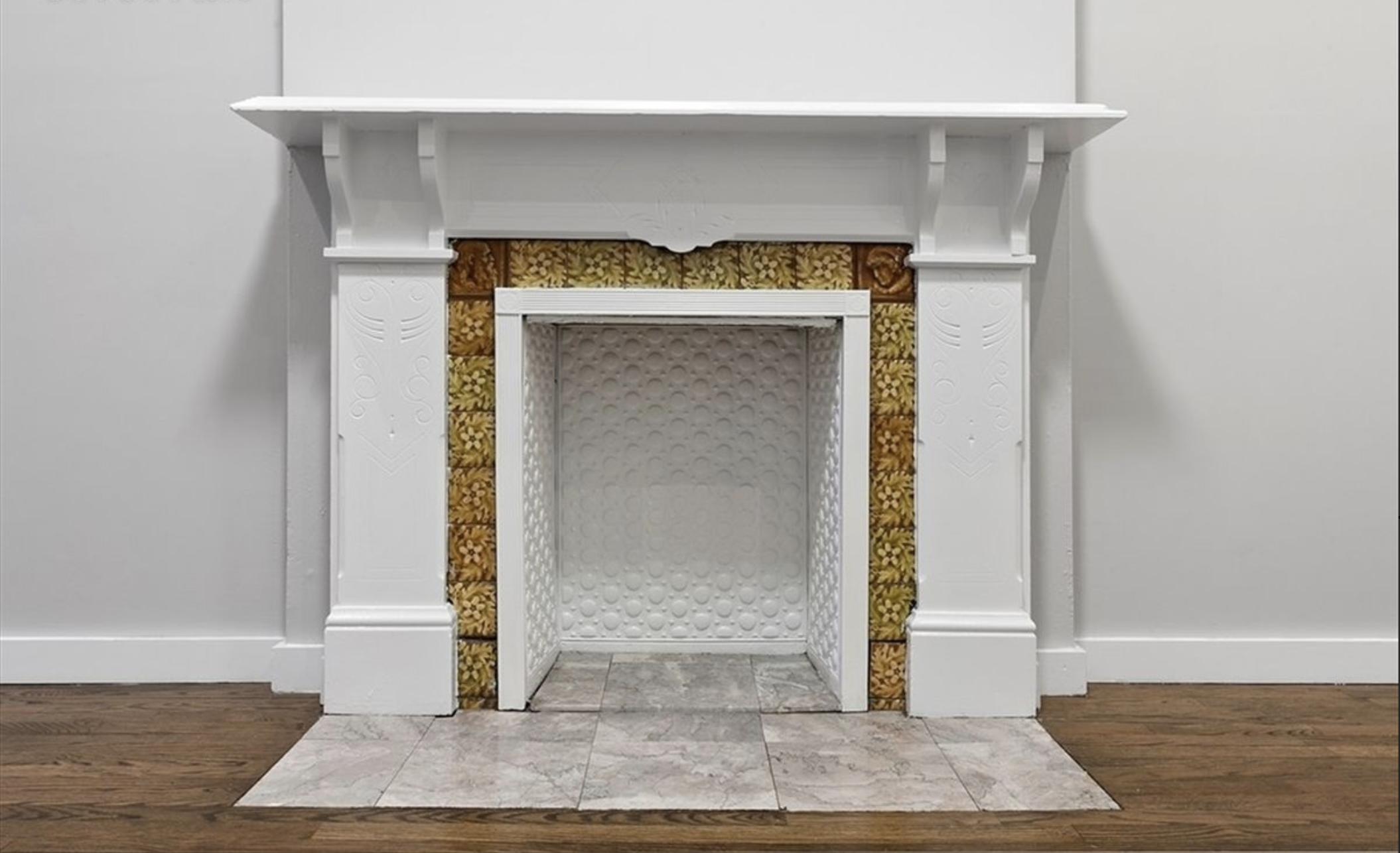 211 Jefferson Avenue Fireplace .png