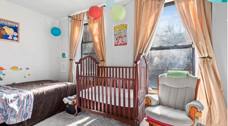 486 Jefferson Avenue Bedroom.png