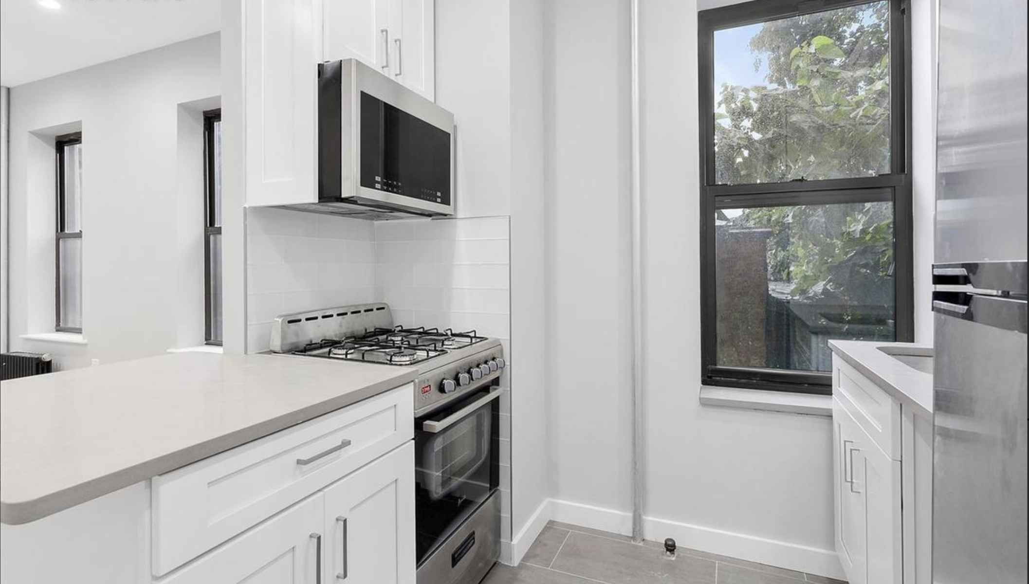 $2,200/month  2.0 BD | 1.0 BA  Stuyvesant Heights    482 Tompkins Avenue Apt. 3A