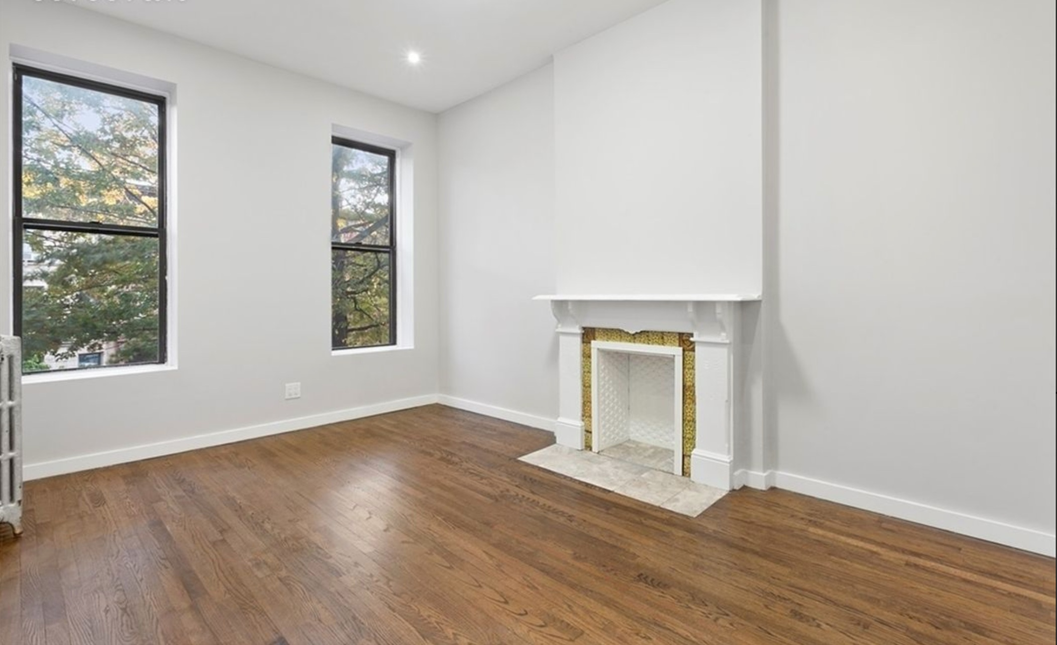 $2,100/month 1.0 BD | 1.0 BA  Bedford-Stuyvesant  211 Jefferson Avenue Apt. 4F