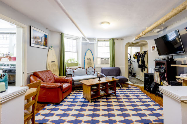 $1,925/month 0.5 BD | 1.0 BA | 506 SF  Clinton Hill  278 Clinton Avenue