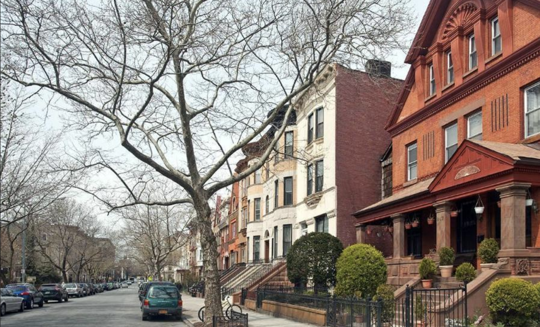 $955,000 6.0 BD | 3.0 BA | 4,000 SF  Crown Heights  845 Prospect Place  Sold