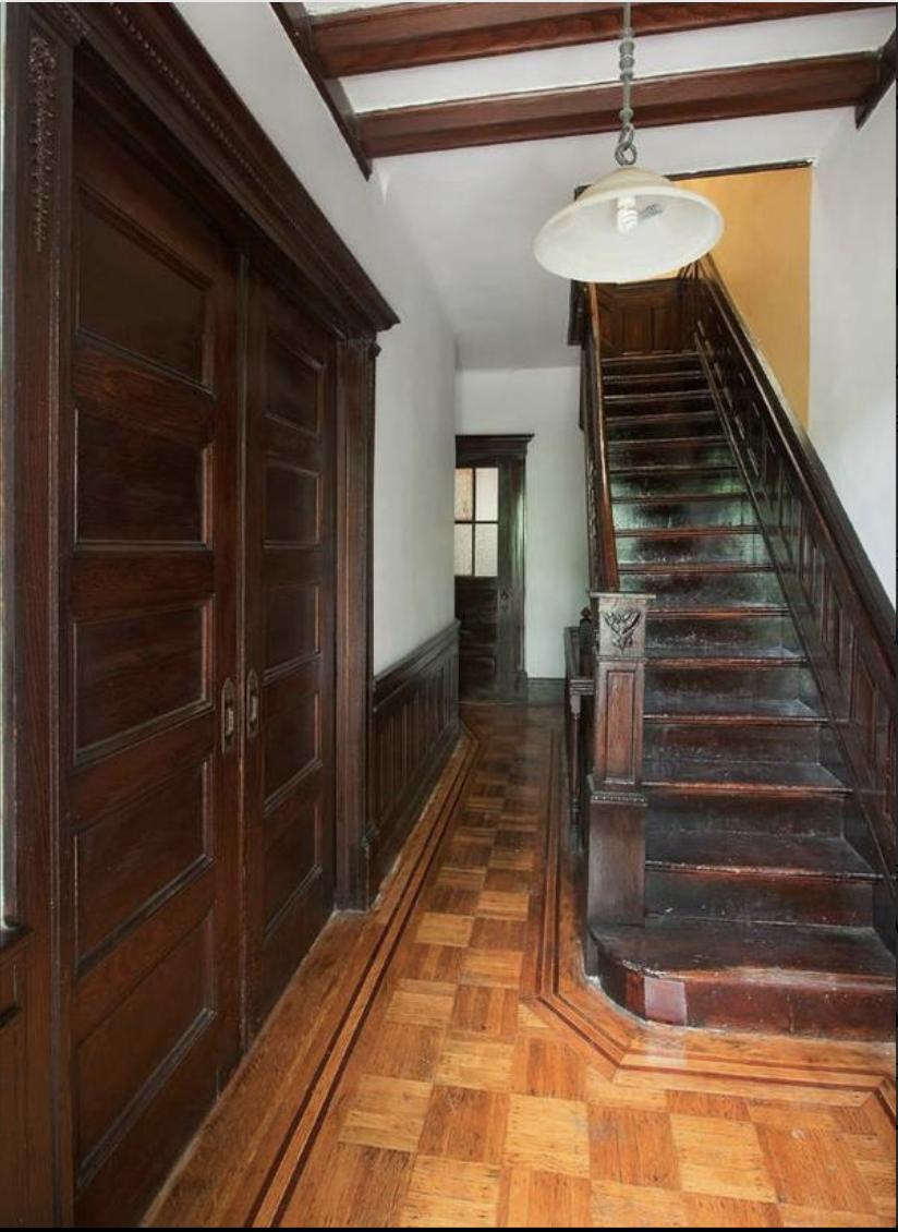 837 Eastern Parkway Stairs.png