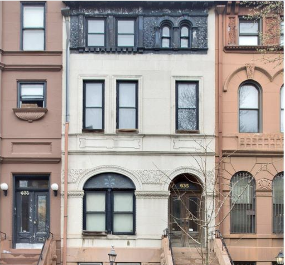 637 10th Street Townhouse Facade.png