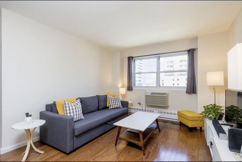 $580,000 1.0 BD | 1.0 BA | 730 SF  Downtown Brooklyn  175 Willoughby Street  Sold