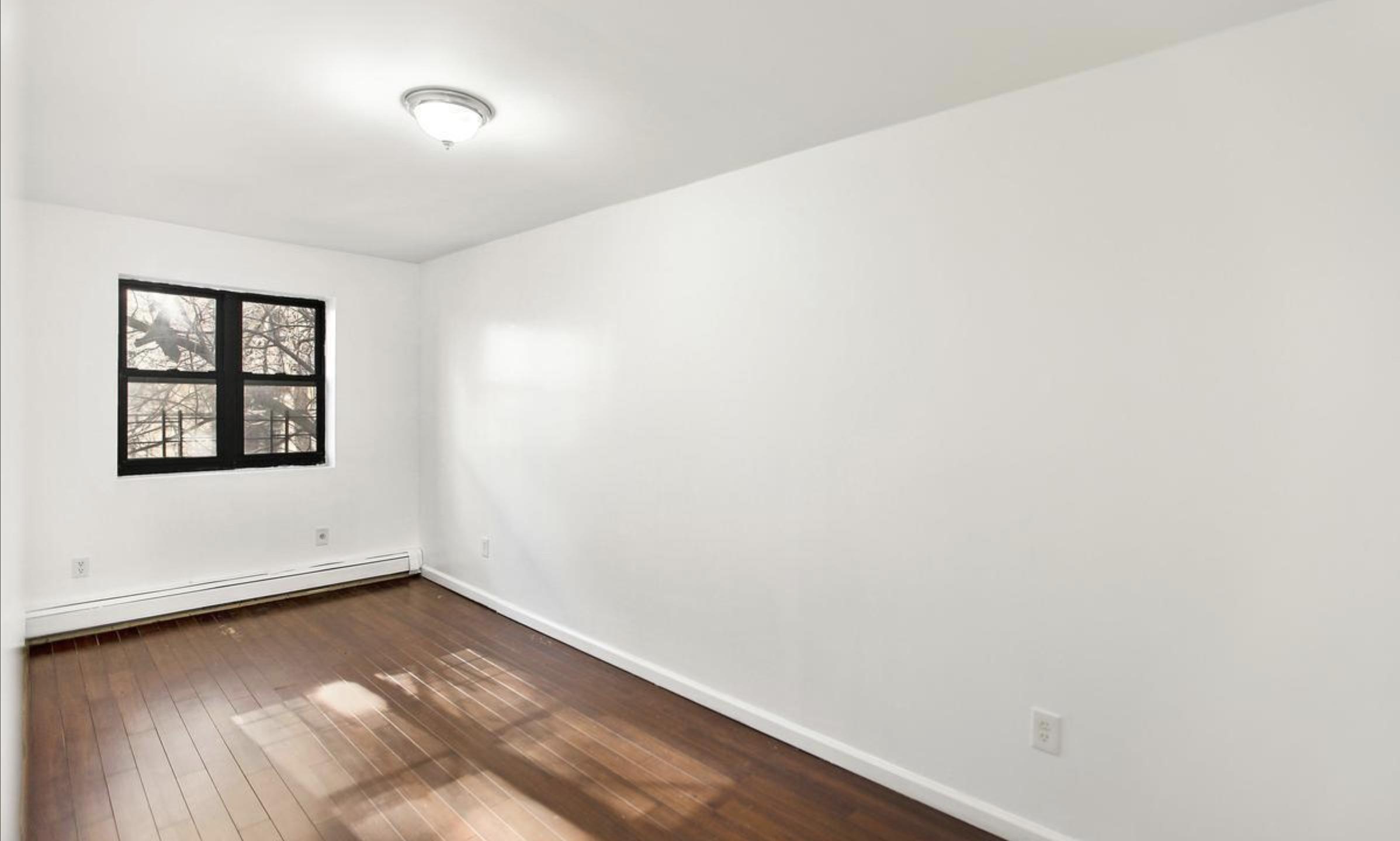 407 Kosciuszko Street Master Bedroom.png