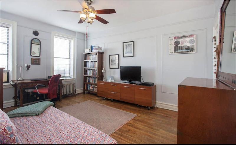345 Montgomery Street Apt 5K Bedroom.png