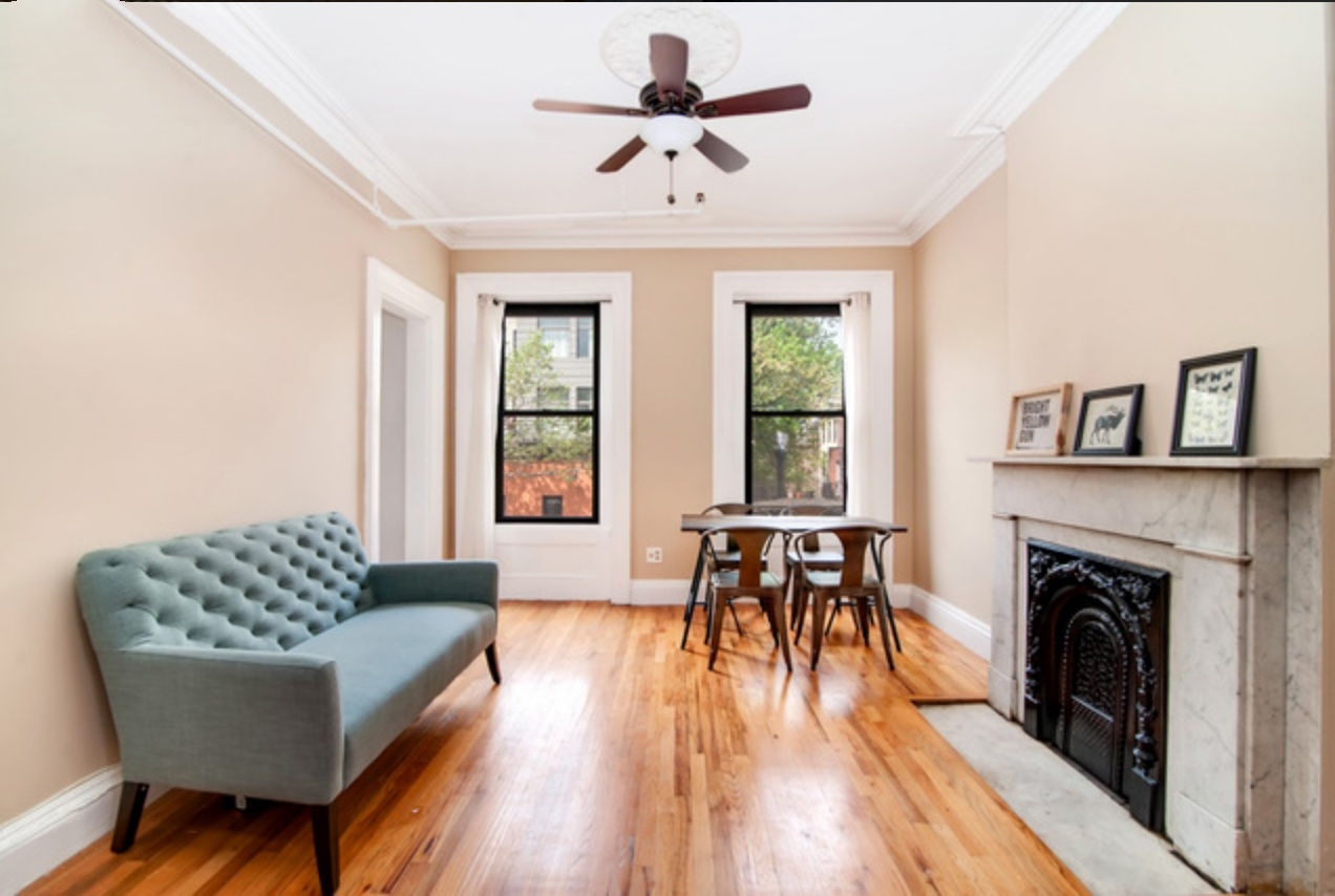$2,600/month 1.0 BD | 1.0 BA | 700 SF  Fort Greene  87 South Portland Avenue