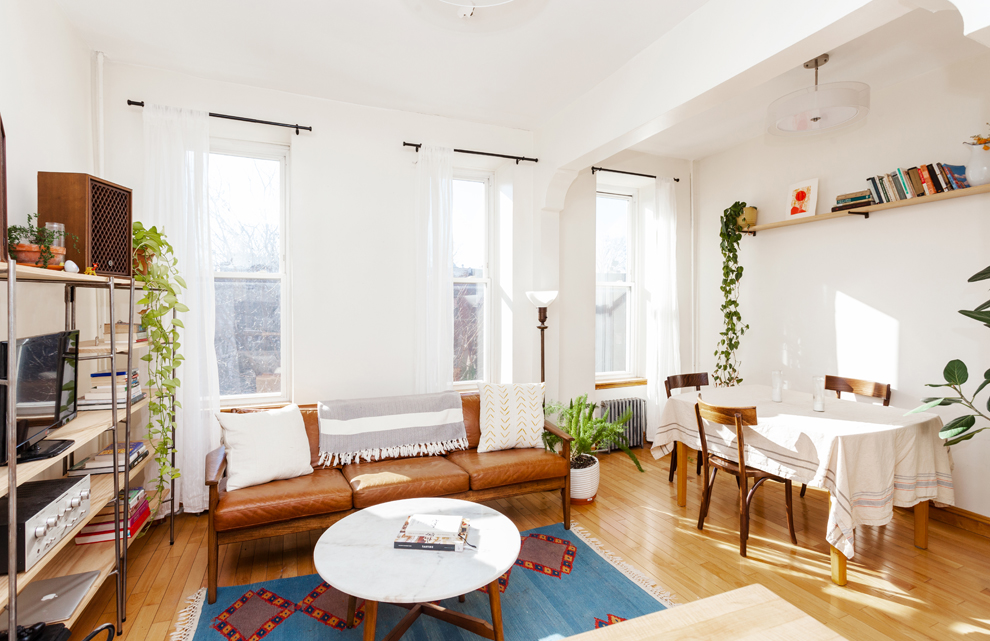 $2,150 | NO FEE 1.0 BD | 1.0 BA  Stuyvesant Heights  615 Halsey Street