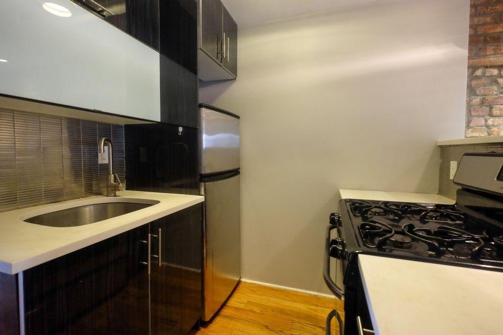 634 Wilson Avenue Apt 2L Kitchen.jpg