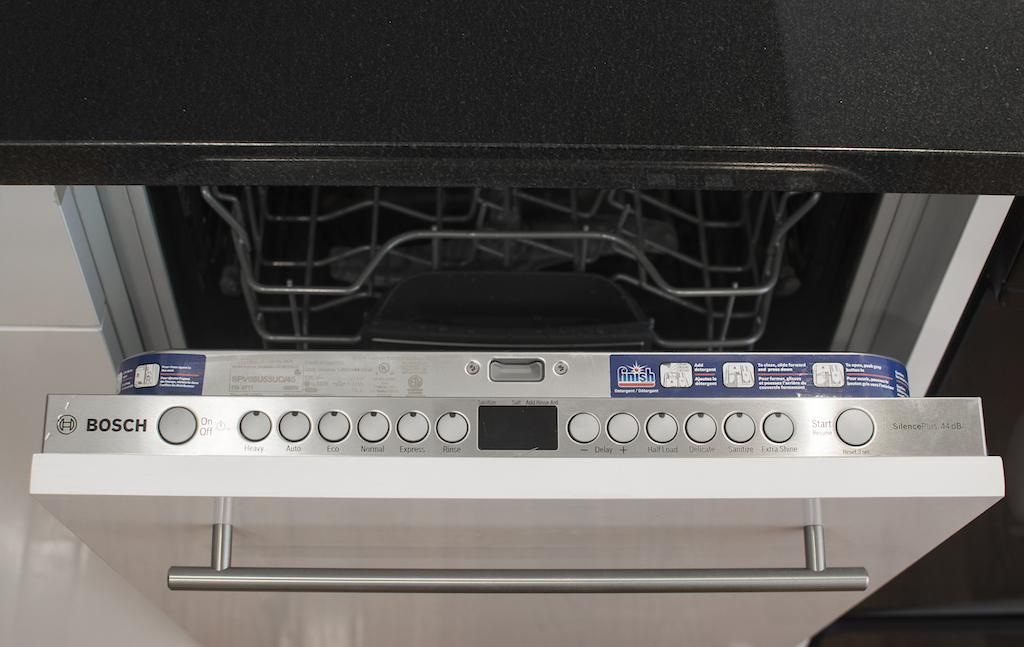 859 Halsey Street Dishwasher.jpg