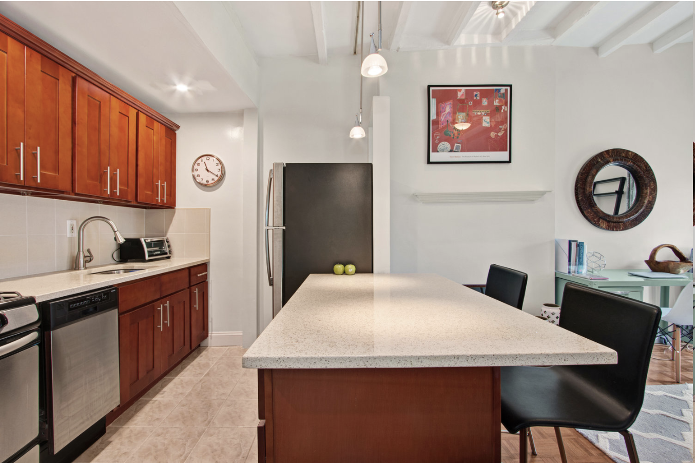 $2,700/month 1.0 BD | 1.0 BA | 680 SF  Fort Greene  213 Carlton Avenue