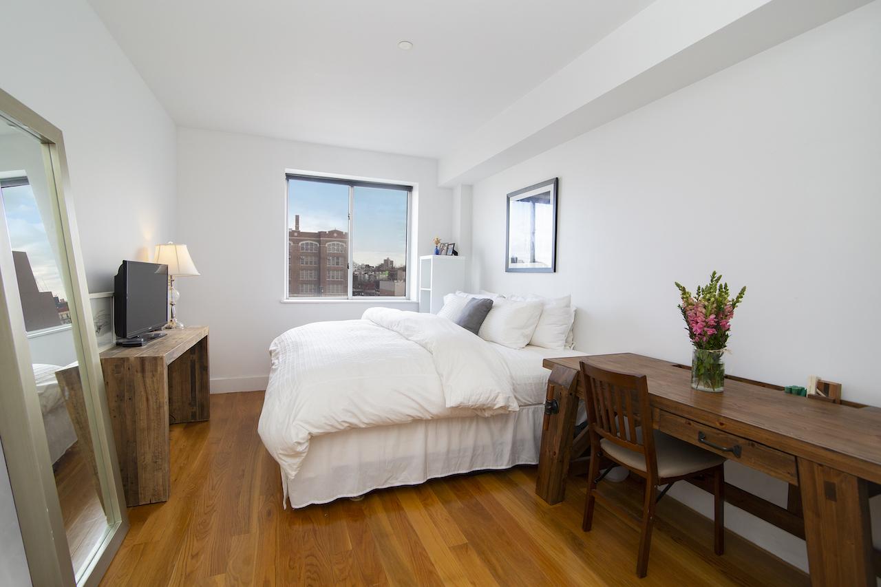 $3,300/month 2.0 BD | 2.0 BA | 1,179 SF  Bedford-Stuyvesant  195 Spencer Street