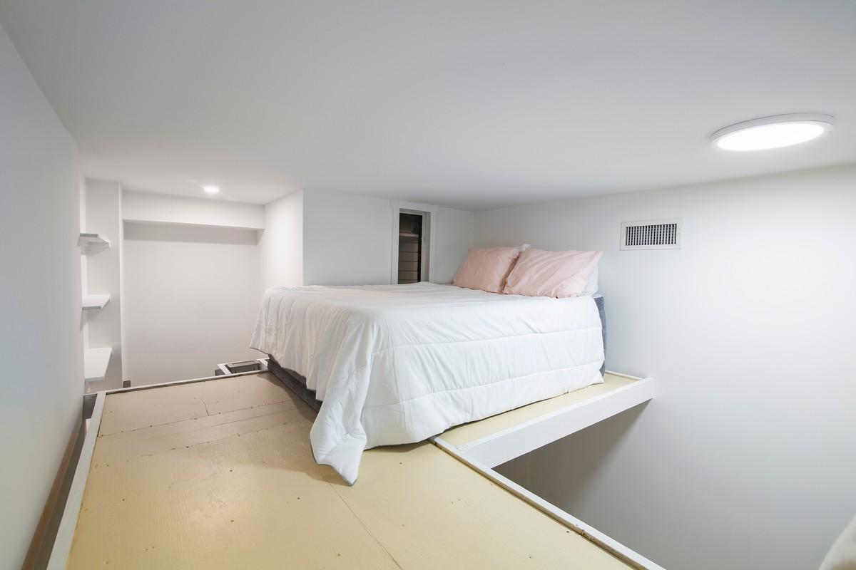 129_11th_Street_1_Room-01-Loft.jpg