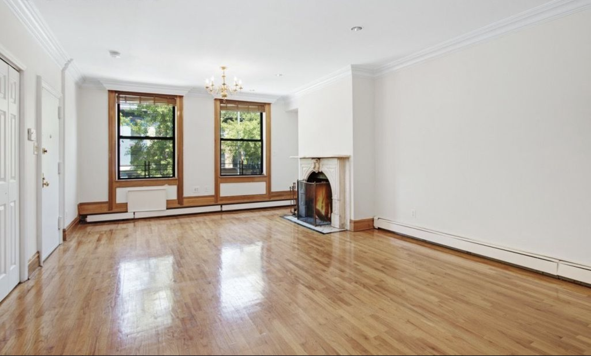 $3,800/month 2.0 BD | 2.0 BA | 1000 SF  Boerum Hill  470 Warren Street