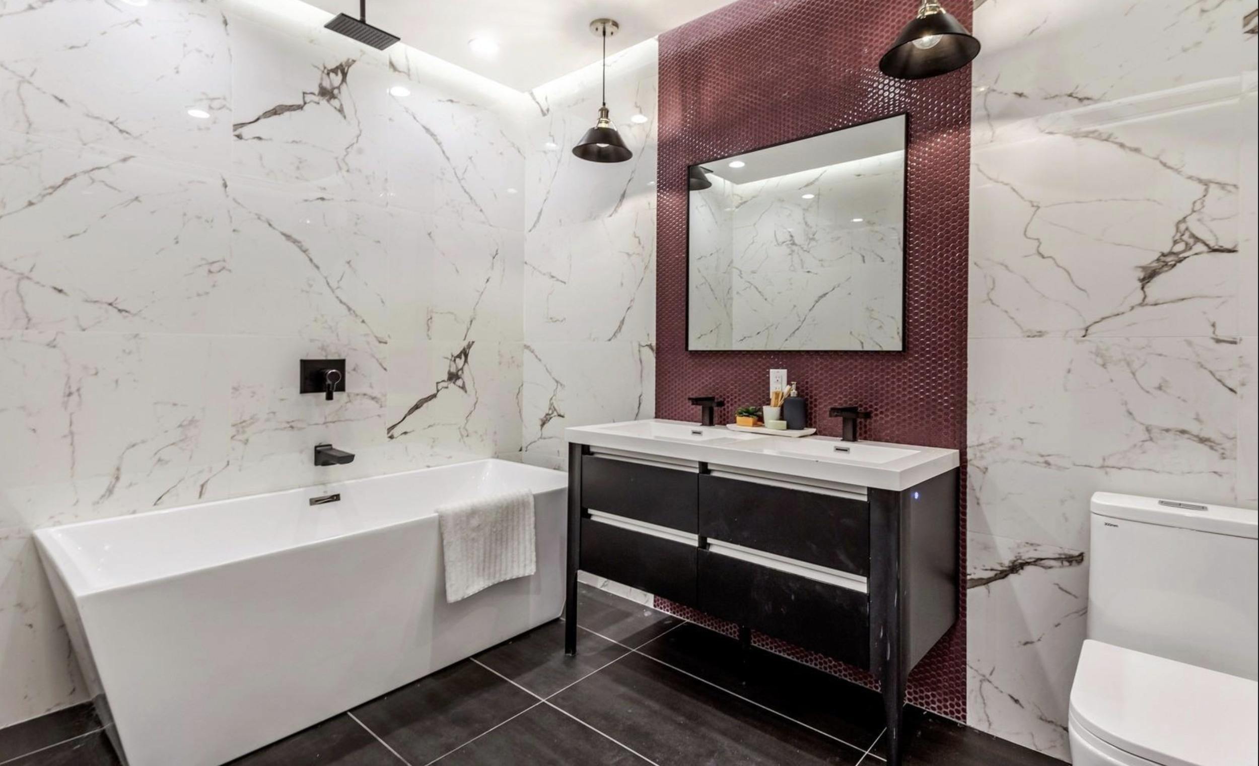 790 Saint Johns Bathroom.png