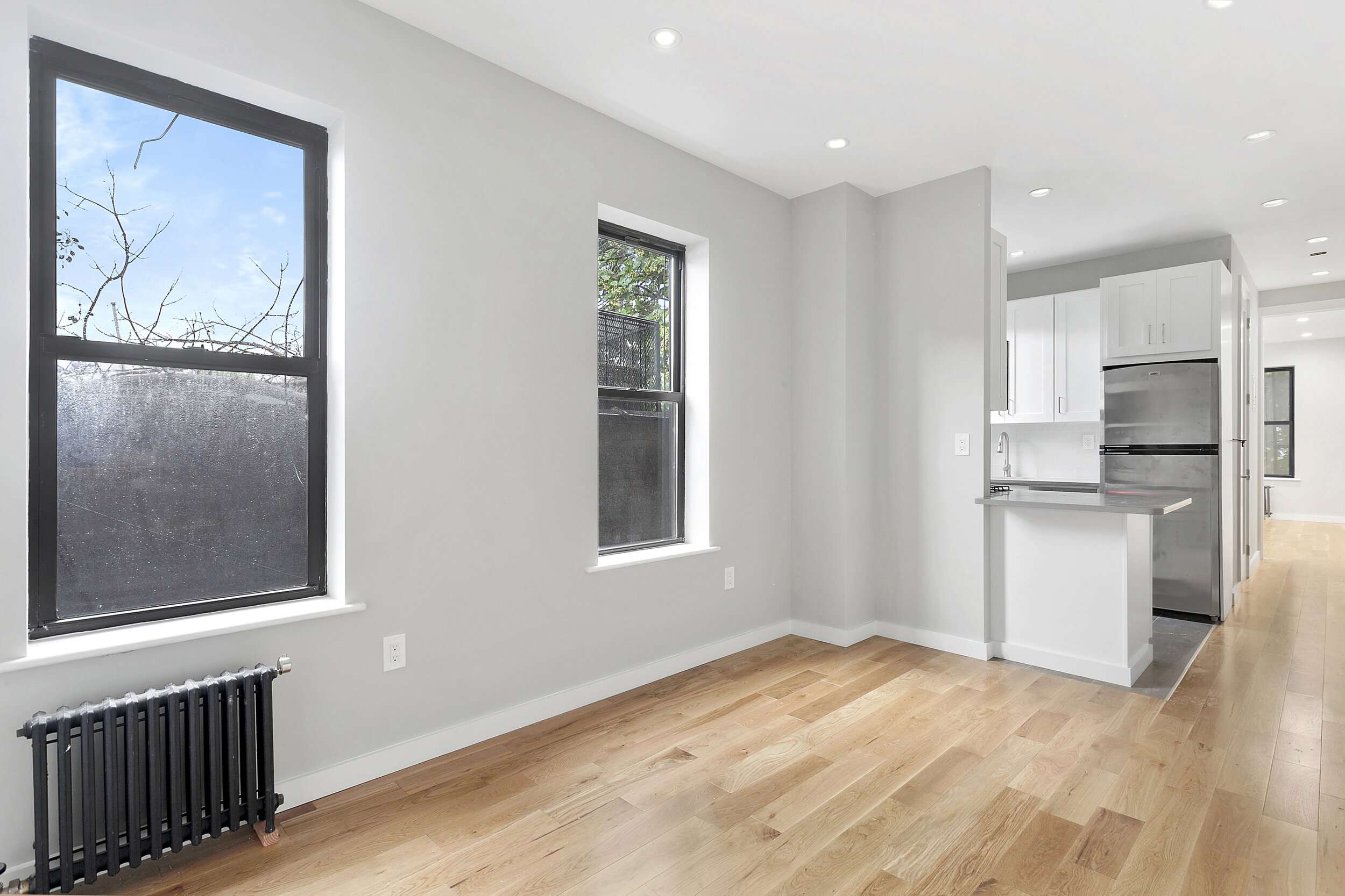 $2,200/month 1.0 BD | 1.0 BA  Stuyvesant Heights  482 Tompkins Avenue