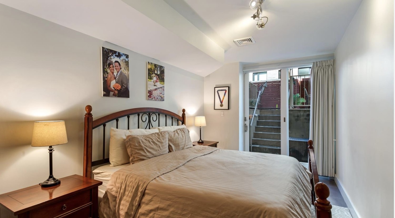 499 Dean Street Apt 1A Bedroom.png