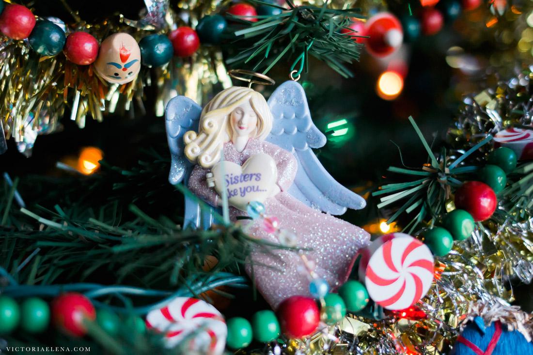 w-moms-christmas-ornaments-by-victoria-elena-2.jpg