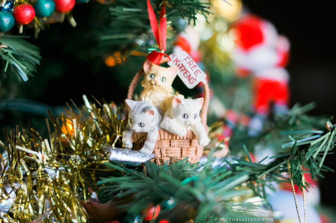 w-moms-christmas-ornaments-by-victoria-elena-6.jpg